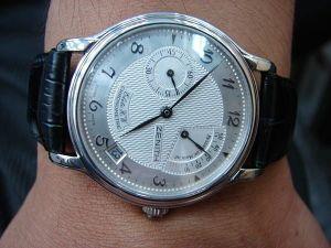 台中 流當品拍賣 收藏品 原裝 ZENITH 先力 PT950 白金 手上鍊 男錶 9成5新 喜歡價可議 或物品交換