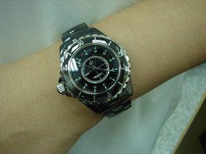 台中 流當品拍賣 原裝 CHANEL J12 33mm 石英 陶瓷 綠寶點 女錶 9成5新