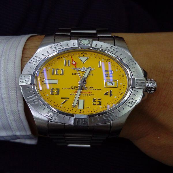 流當手錶拍賣 原裝BREITLING 百年靈 復仇者II海狼 不銹鋼 男錶 9成5新 盒單齊 喜歡價可議