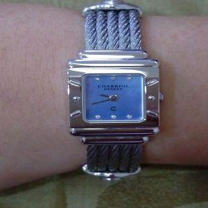 台中流當手錶拍賣 原裝 極新 CHARRIOL 夏利豪 6鑽 貝殼面 鋼索 石英 女錶 9成5新 特價出清